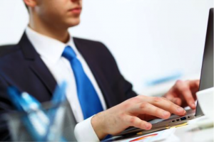 entreprenuer-laptop
